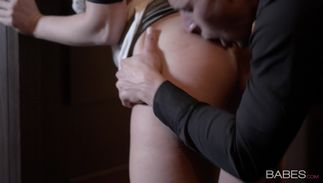 Bewitching gal Vicktoria Redd with round tits is ready for some hardcore act