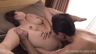 Playsome bosomed floosy Kaori is sucking a huge shlong and getting ready to feel it inside her