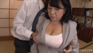 Sexy big breasted woman Emiko Ejima found a hard chopper to suck on
