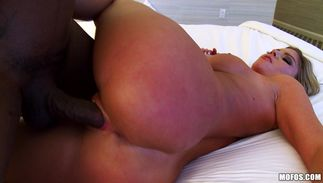 Sex appeal girlfriend Brianna Brooks with curvy tits is spreading her legs while a man is drilling her juicy bald copher